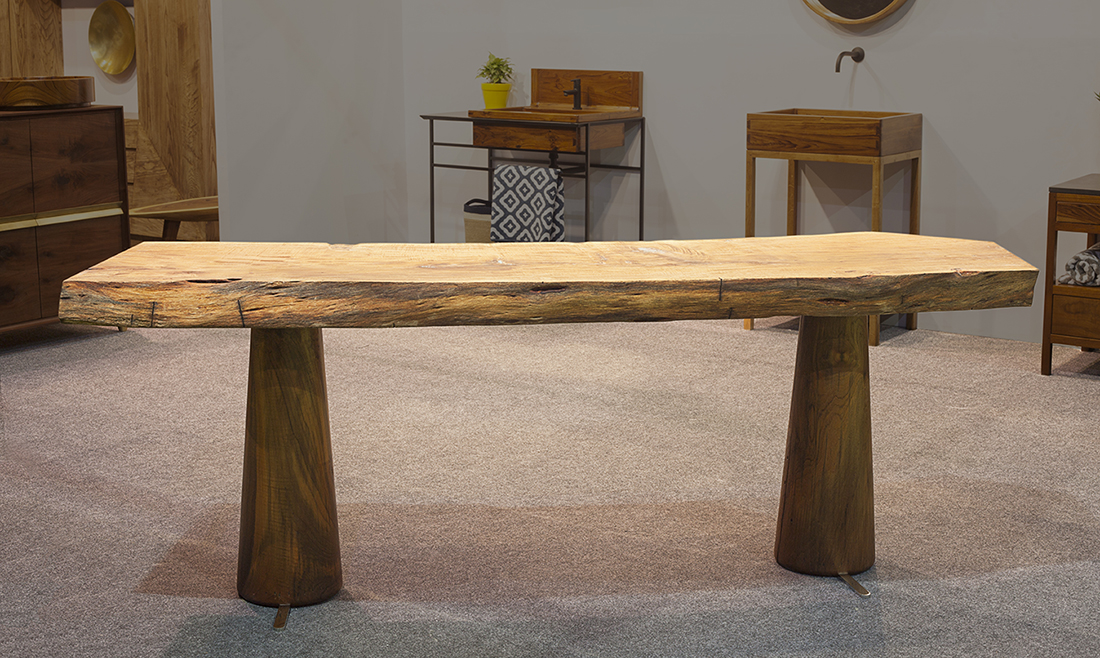 ATS1-Console-Table